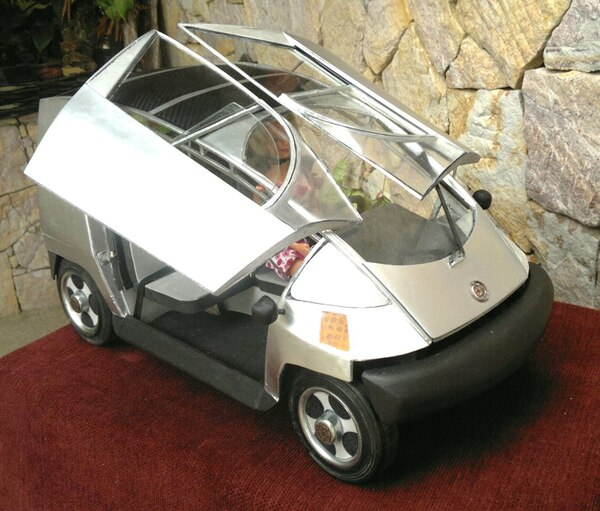 El automóvil CambYo CR será híbrido y rendirá unos 40 km solo con la carga de la batería. Será fabricado con tecnología de aviación.