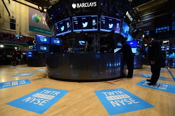 La red social Twitter debutó este jueves en Wall Street.