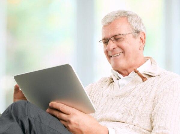 adultos mayores, tabletas