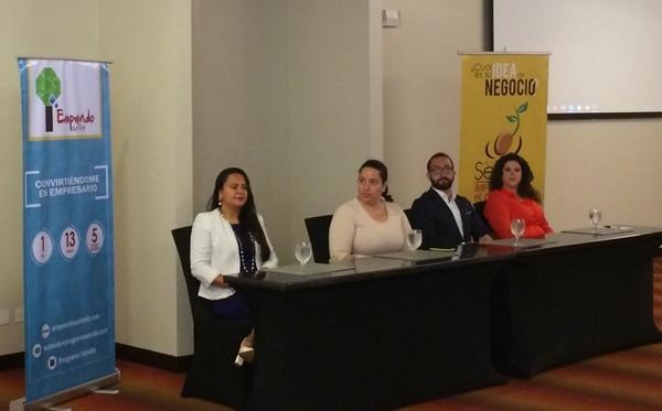 En el lanzamiento participaron la viceministra de Economía, Geannina Dinarte; Paola Rodríguez, socia del Programa Semilla; Juan José Valerio, socio de la iniciativa; y Milena Chávez, productora del Ministerio del Cultura y Juventud.
