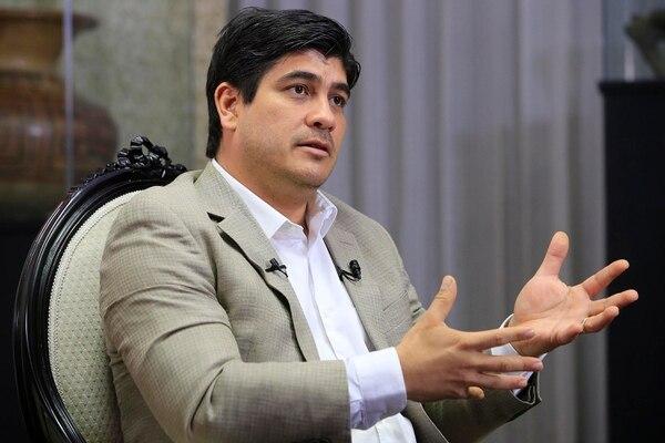 El presidente de la República, Carlos Alvarado, asegura que los eurobonos cumplen un papel fundamental en el plan de reactivación económica del Gobierno. (Foto: Rafael Pacheco).