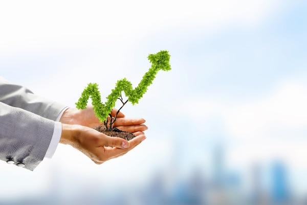La percepción que generan estos primeros diez años de apertura del sector de seguros es precisamente la de un mercado que continúa infante, que va creciendo, desarrollándose, que no deja de innovarse y que no se detiene en su constante nueva regulación programada por SUGESE en función a sus planes estratégicos.