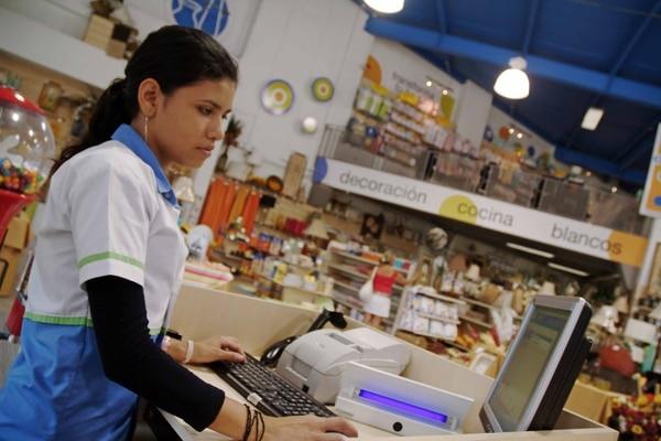 No hay certeza sobre en qué nivel se volverá a hacer compras en las tiendas físicas. (Foto archivo GN)