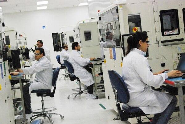 El nuevo departamento denominado Client Computing Group se unirá al megalaboratorio instalado por Intel en 2014.