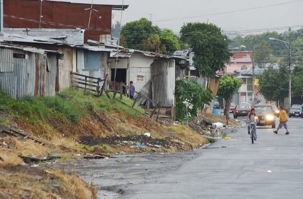 Alrededor de 280.000 hogares son pobres en el país