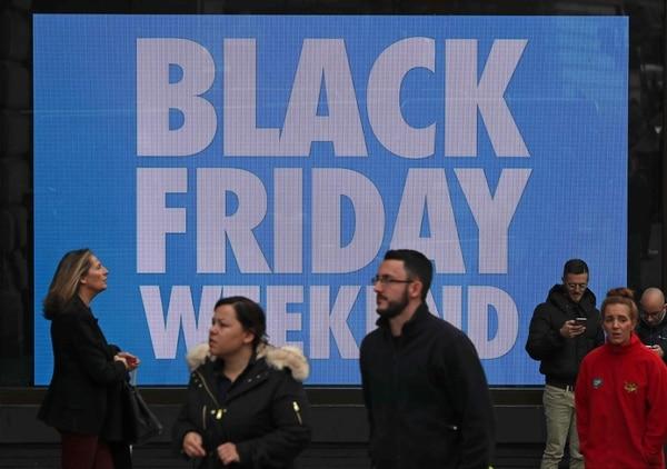 Las tiendas minoristas reportaron un buen inicio de ventas durante el llamado Black Friday. (AFP)