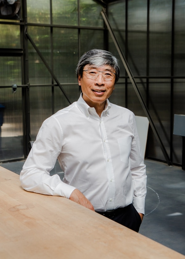 Dr. Patrick Soon-Shiong, the surgeon, billionaire biotechnology entrepreneur and head of NantEnergy, in Los Angeles, Sept. 23, 2018. Soon-Shiong says his company's rechargeable zinc air battery will store power at far less than the cost of lithium-ion batteries, which use scarce materials and are more vulnerable to fires and explosions. (Alex Welsh/The New York Times)