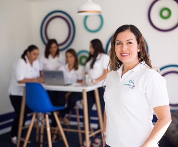 Alejandra Rojas Alvarado, psicóloga y coach integral de 38 años, arrancó su empresa en enero del 2017. (Foto: One to One para EF).