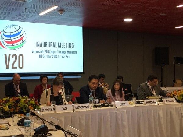 José Francisco Pacheco, viceministro de Hacienda, comentó que Costa Rica ha experimentado efectos del cambio climático en el Pacífico y el Atlántico, y que es importante que los recursos económicos empiecen a jugar un papel importante en la respuesta al cambio climático.
