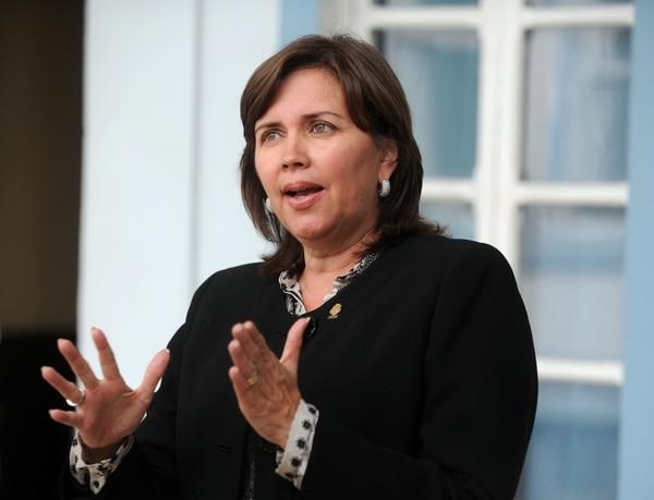 La diputada del PAC, Jeannette Ruiz, presentó proyecto que retoma propuesta del TSE de aumentar a 50% el adelanto de la deuda.