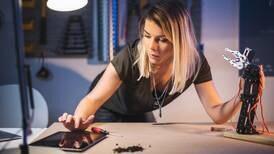 Empresas aplican programas para incentivar el desarrollo de carreras STEM en mujeres