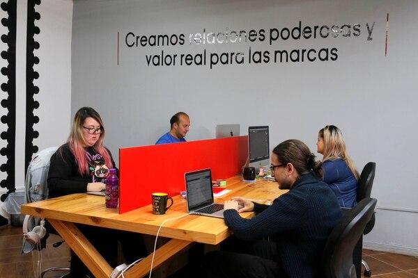 Las micro y pequeñas empresas pueden optar entre diversas plataformas para desarrollar su tienda en línea. (Foto Mayela López / Archivo GN)