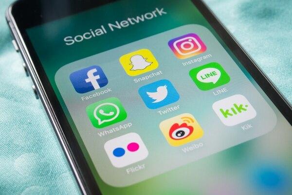 Según el estudio Red 506, el acceso a Internet y redes sociales aumentó a través de los diferentes tipos de dispositivos. La mayoría de los usuarios costarricenses revisan su smartphone cada 15 minutos o menos.