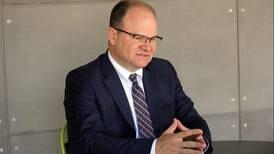 Ministro de Hacienda anuncia que proyecto para solicitar $4.500 millones de eurobonos llegará al Congreso en 2021