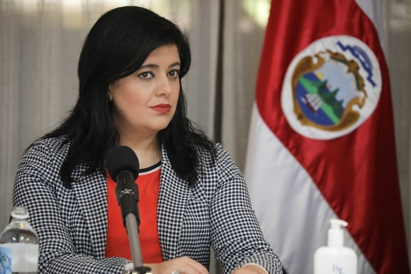 La ministra de planificación, Pilar Garrido, lideró las reuniones con el FMI como coordinadora del equipo económico del Gobierno. Fotografía: Casa Presidencial.