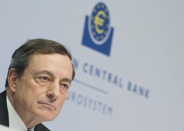 Mario Draghi considera que las bajas tasas de interés que existen actualmente en Europa se mantendrán en ese nivel durante un largo tiempo.