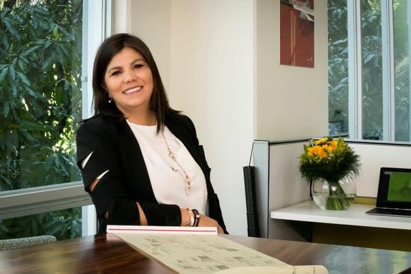 Fabiola Suárez Matarrita, de 37 años, estudió Arquitectura en la Universidad de Costa Rica. Desde el 2012, dirige su pyme. (Foto: Dual Arquitectura y Construcción para EF).