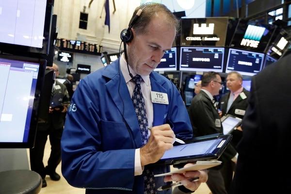 El sector financiero repartió $29.500 millones a los accionistas en el primer trimestre del 2017, una cifra mayor a los $27.500 millones pagados por compañías de tecnología.
