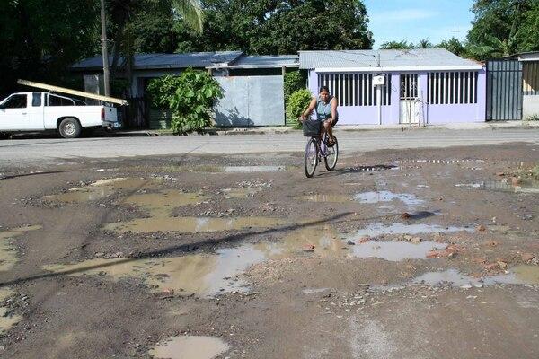 Un 89% de esta red de caminos se encuentra en regular y mal estado.