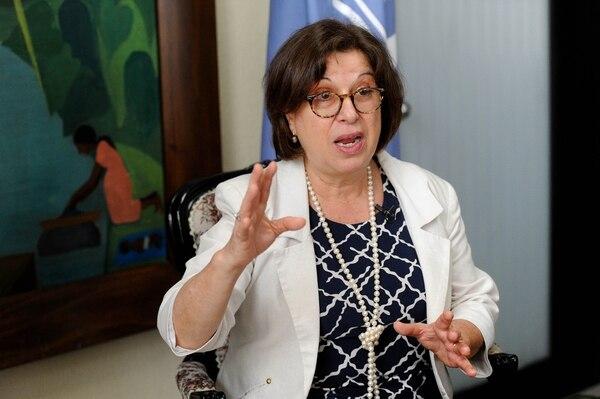 La presidenta ejecutiva del AyA, Yamileth Astorga, comentó que uno de los grandes retos que vive el país es la variabilidad climática. Foto: Melissa Fernández