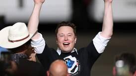 Elon Musk y Jeff Bezos protagonizan un combate de jefes en el espacio
