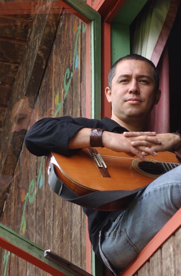 Humberto Vargas se presenta este jueves a las 8 p. m. en el Teatro Espressivo, en Curridabat.