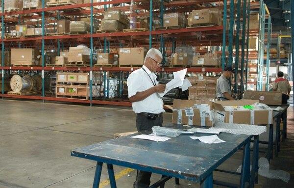El informe detectó debilidades en la gestión de la importación de mercancías.