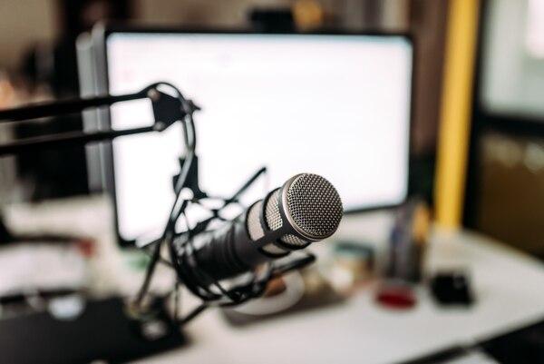 Spotify ofrece podcasts desarrollados en Costa Rica. El más popular entre el público local que consume esta plataforma es Malicia Indígena, de TDMás. Foto: Shutterstock