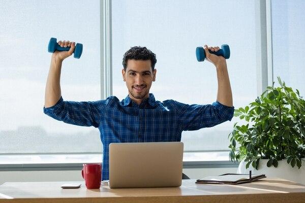 Saque unos minutos cada día para realizar alguna actividad física de su agrado. Deje de lado el sedentarismo y mejore su salud. Foto: Shutterstock.