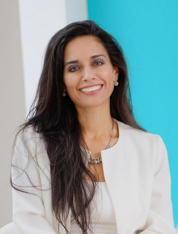 Catalina Ortiz, advisor de Socialatom Ventures visitó el país para reunirse con personeros de los ministerios de Economía y Ciencia y Tecnología; así como con actores privados para ayudar a dinamizar el ecosistema emprendedor del país.