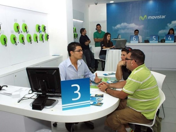 Movistar le ofrece WhatsApp gratis a sus clientes prepago. John Duran
