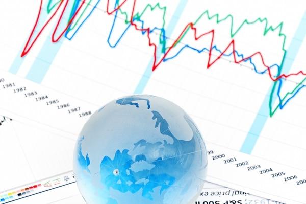 Ahora que la economía mundial depende mucho de estímulos para lograr incluso un crecimiento ligero, no hay mucho espacio de maniobra para amortiguar un giro negativo.