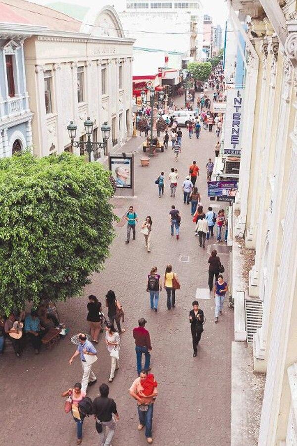 Las denuncias por delitos contra la propiedad ,en las cercanías del bulevar, disminuyeron un 25% en los primeros seis meses de 2012.