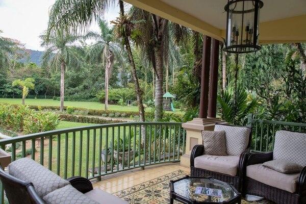 El hotel tiene un jardín, senderos y una huerta orgánica, además de restaurante, piscina, spa y jacuzzi. (Foto cortesía Hotel Casa Turire)
