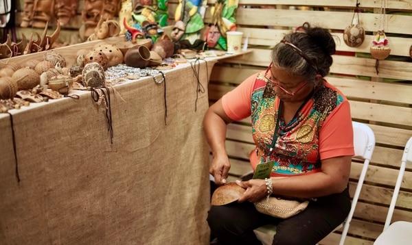 En la feria, varias mujeres venderán sus artesanías. (Foto: Inamu para EF).