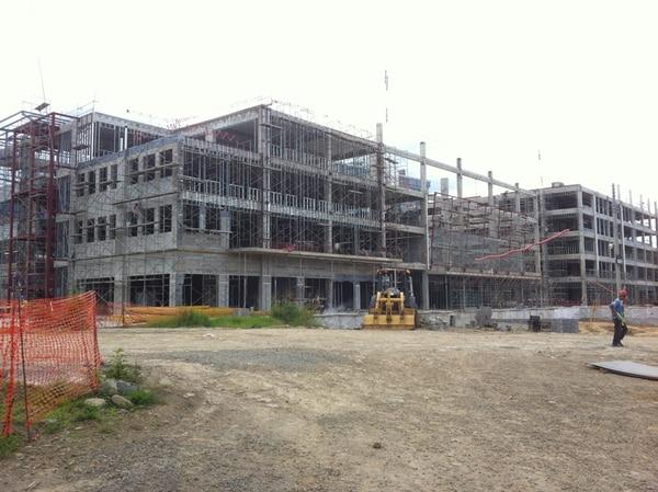 El City Place Town Center, de uso mixto, está en construcción en Santa Ana y ya tiene un 75% de colocación comercial, a seis meses de su conclusión.