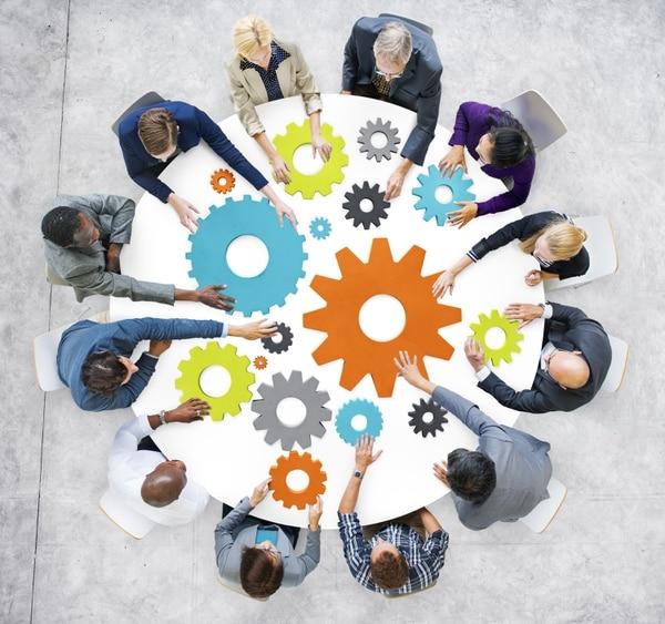 Entre más pronto los jefes comiencen a respaldar a sus nuevas contrataciones, mejor. El tiempo entre que alguien acepta una oferta y su primer día en el trabajo es un valioso recurso, que puede usarse para acelerar el proceso.