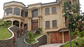 Proyecto de impuesto a casas de lujo propone gravar monto más alto inscrito en municipalidad, Registro Público o Hacienda