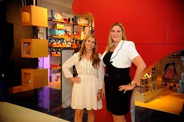 Priscilla y Johanna Víquez son las empresarias a cargo de Magic Home Store en el país.