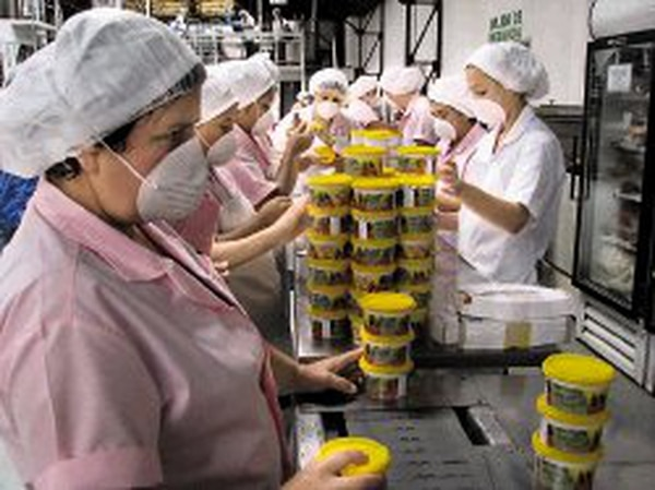 Las jaleas son uno de los productos ticos que tienen potencial exportador a Brasil.