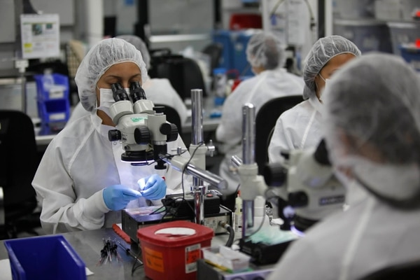 Los patronos propusieron un aumento de un 0,98% en el salario de los empleados del sector privado para el segundo semestre del 2015.