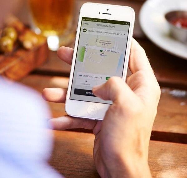 Uber se convirtió en el primer fenómeno reconocido en alterar la zona de confort en el sector de transportes.