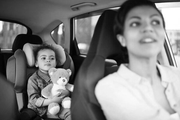Una madre que lleva a sus niños a la escuela o a una clínica u hospital, ¿cuenta con espacios seguros en sus destinos o en el curso de sus viajes?