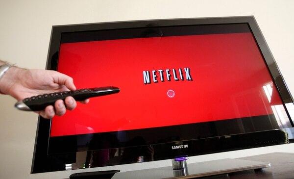 Los servicios de 'streaming' como Netflix pagarán el 13% del Impuesto al Valor Agregado (IVA), que será cobrado por el emisor de la tarjeta de cada cliente. Fotografía; AP/Imagen con fines ilustrativos.
