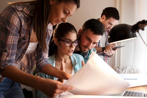 Más de la mitad de los encuestados afirma estar abierta a nuevas modalidades de empleo para el futuro.