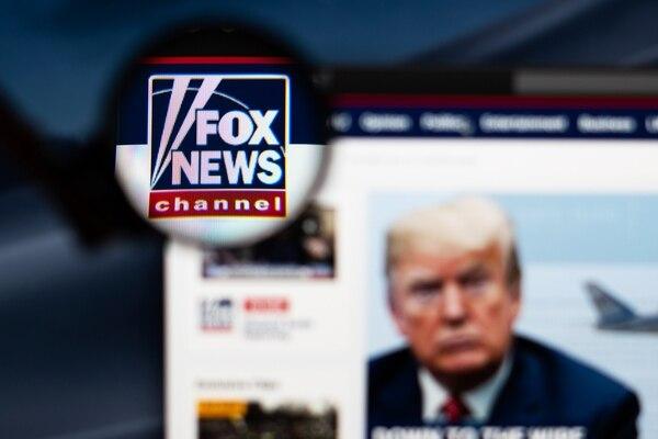 Desde siempre, Fox News ha ejercido una fuerza gravitacional sobre el Partido Republicano en EE. UU., donde recientemente intensificó la revuelta contra los inmigrantes que ha impulsado el ascenso de la extrema derecha y la elección del presidente Donald Trump.