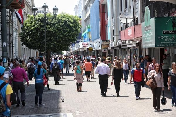 Un grupo de costarricenses aumentó su ritmo de compra pero no fue suficiente.