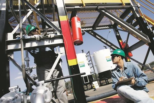 Petrobras registró en ventas totales casi $37.000 millones en el segundo trimestre del 2014.