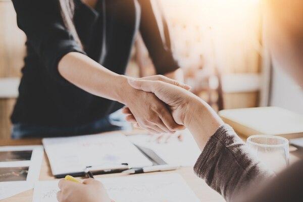 La cáusula de 'no competencia' requiere cautela en los contratos