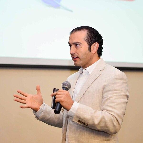 El asesor de empresas Karl Ayala afirma que para alcanzar nuevos mercados hay que acudir a estrategias que no generen mayor costo pero si interacción con el público meta.